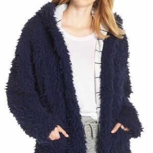 Splendid super soft hooded furry jacket